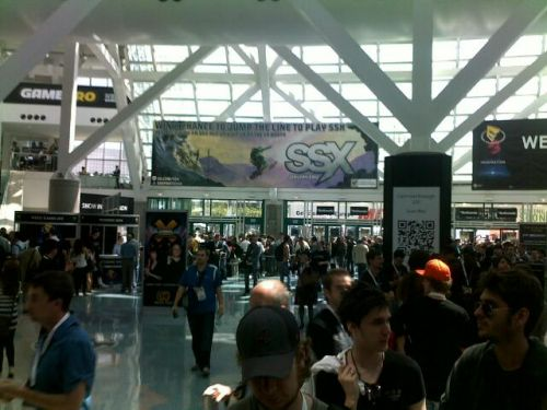 Crowds At E3 Part 2